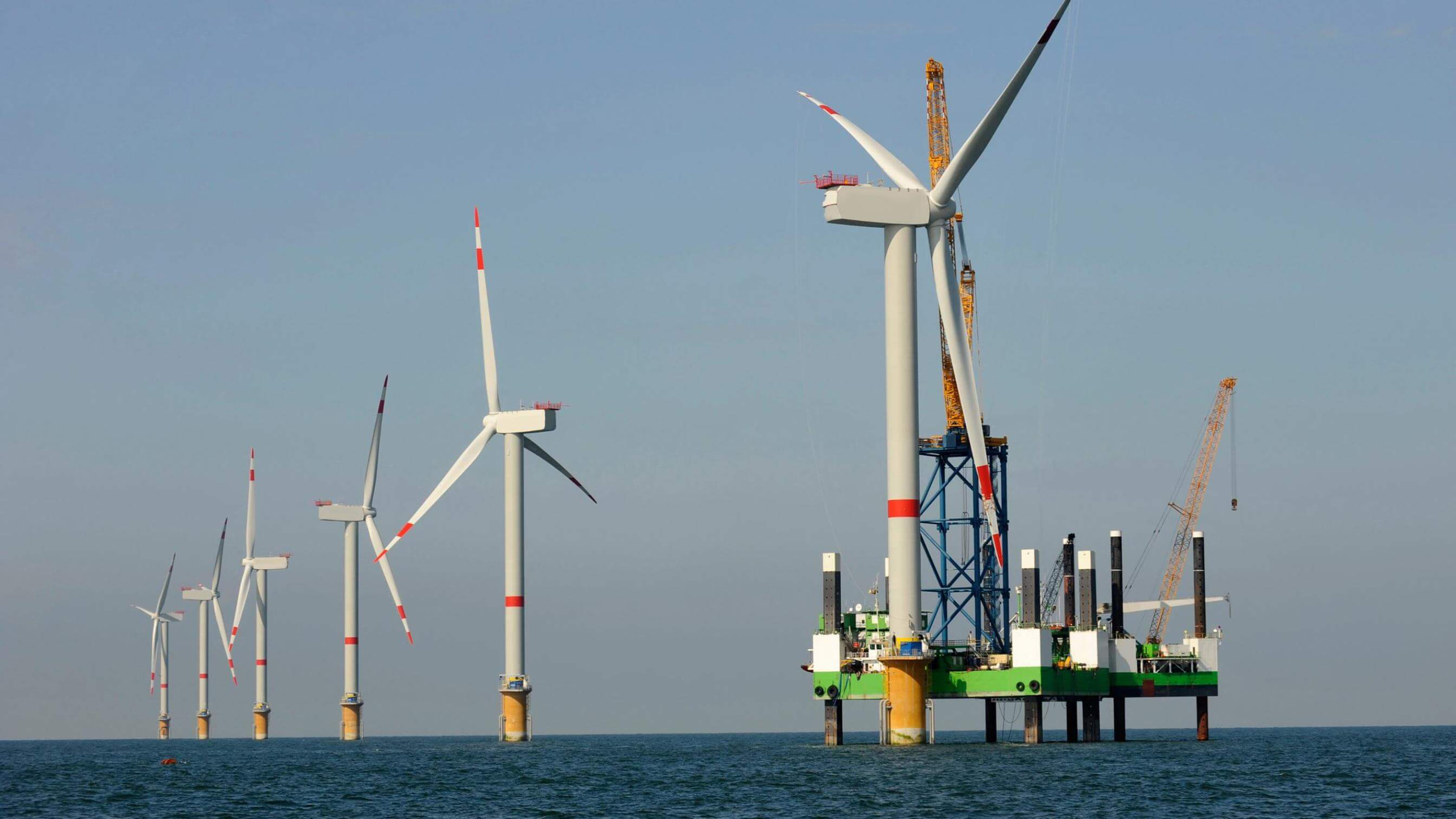 Commissioning of offshore wind farm at sea