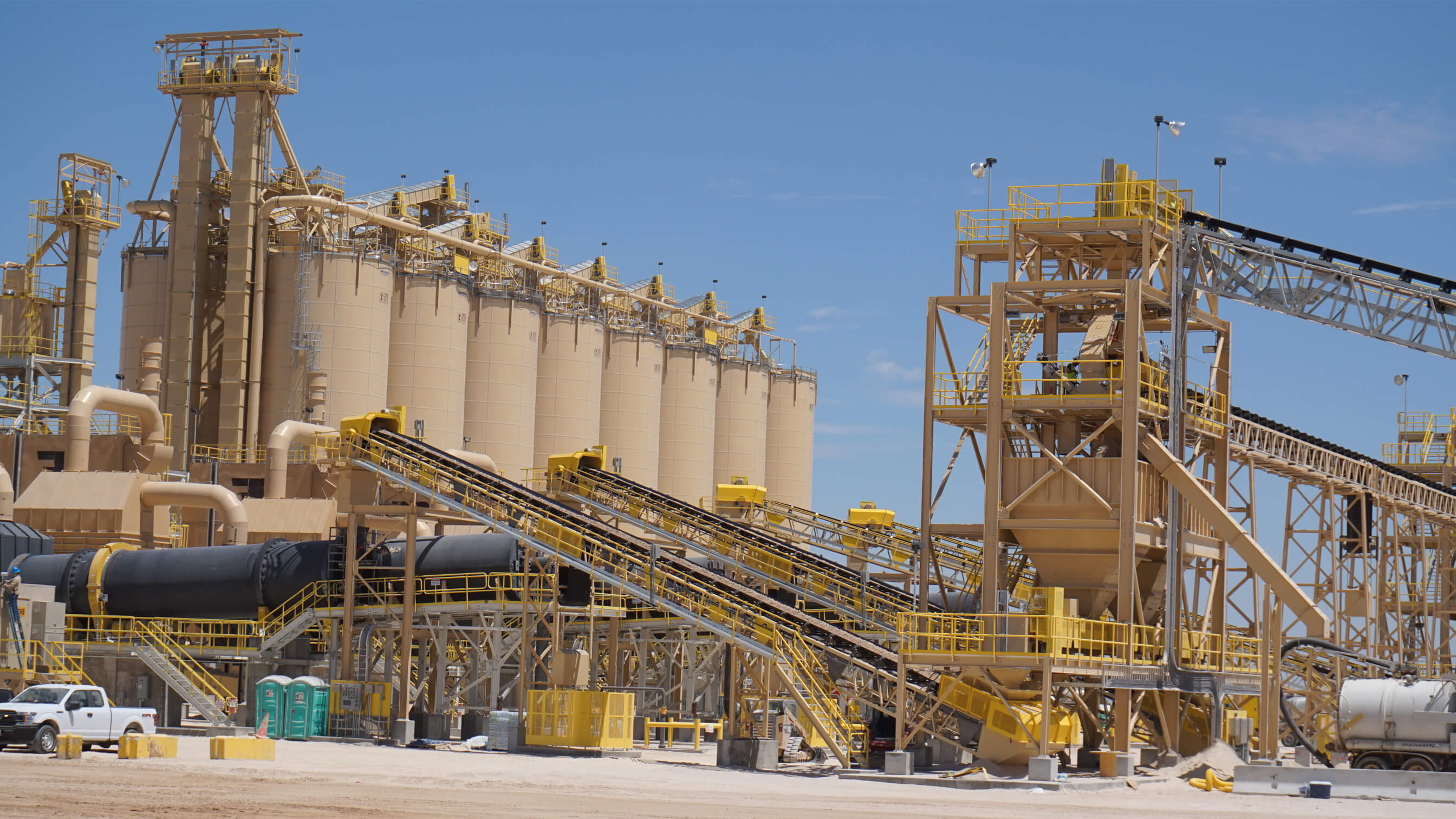 Providing power for remote sand mines